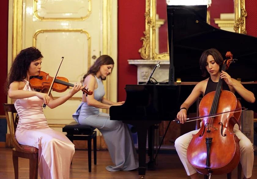 Trio Carducci
